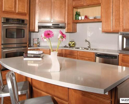 Silestone - Silver Nube virtuvė